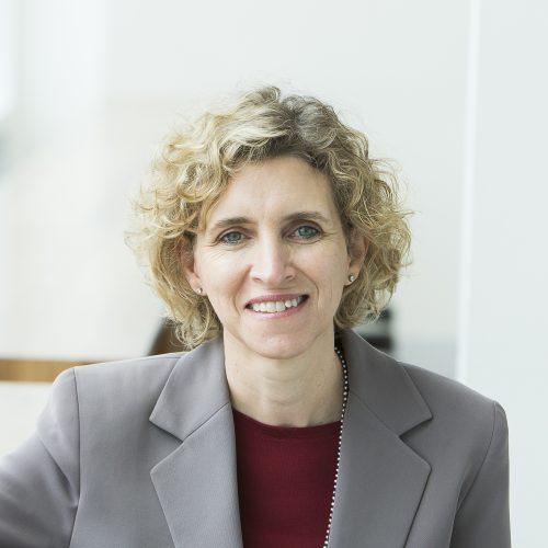 Jeanette Deetlefs